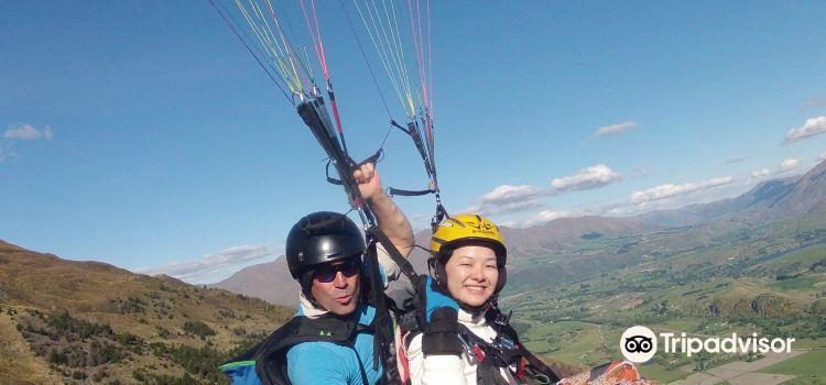 卡羅內特峰滑翔傘3